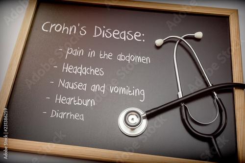 Fotografía  Crohn's disease can have these symptoms diarrhea, Headaches, Heartburn, Nausea a