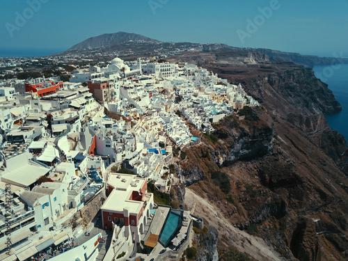 Fotografie, Obraz  サントリーニ島のフィラの町の空撮