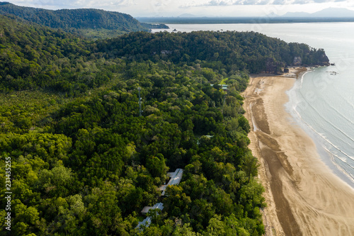 Pinturas sobre lienzo  Aerial drone view of mangrove forest and dense tropical rainforest