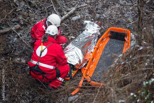 Fotografie, Obraz Paramedics mountain rescue service