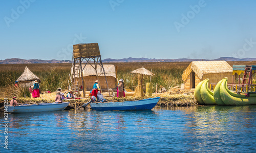 Spoed Foto op Canvas Zuid-Amerika land Uros floating islands of lake Titicaca, Peru, South America