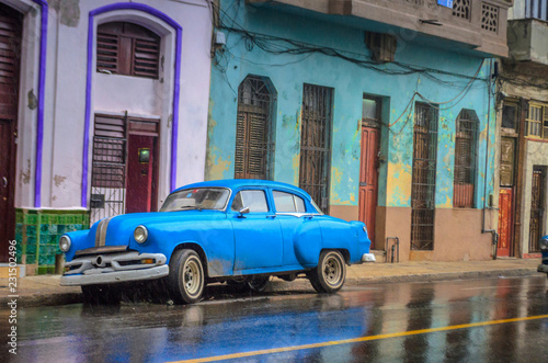 Poster de jardin Havana Cuba, the streets of old Havanna after the rain, historical quarters