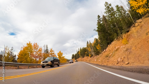 Wall mural - Mountain highway driving