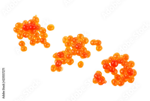 Photo sur Aluminium Roe Red caviar on white background, top view.