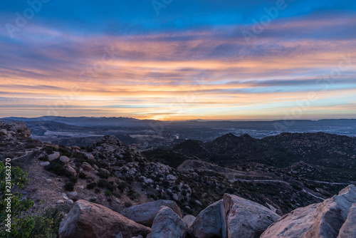 Valokuva Sunrise rocky hilltop view above the San Fernando Valley in Los Angeles California