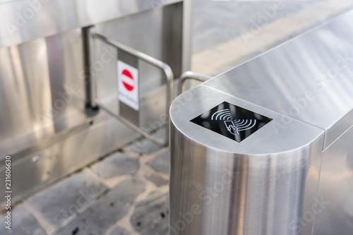 Fotografía  Entrance gate card Access Security system in building