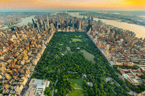 Fotografiet New York Central park aerial view in summer