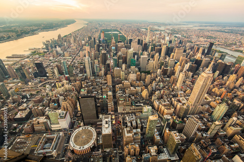 Photo Stands New York New York city at sunset aerial view