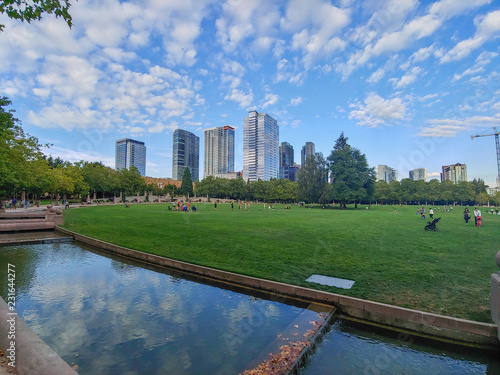 Photo Bellevue Downtown Park is park located in the heart of downtown Bellevue, WA