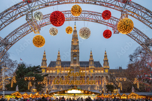 Photo Christmas Market in Vienna, Austria