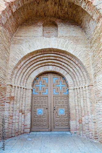 Fotografía  Puerta de entrada a la Iglesia de San Miguel, Grajal de Campos, León, España