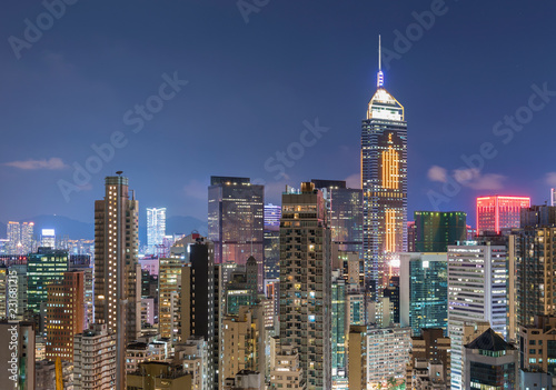 Spoed Foto op Canvas Aziatische Plekken Skyline of Hong Kong city at night