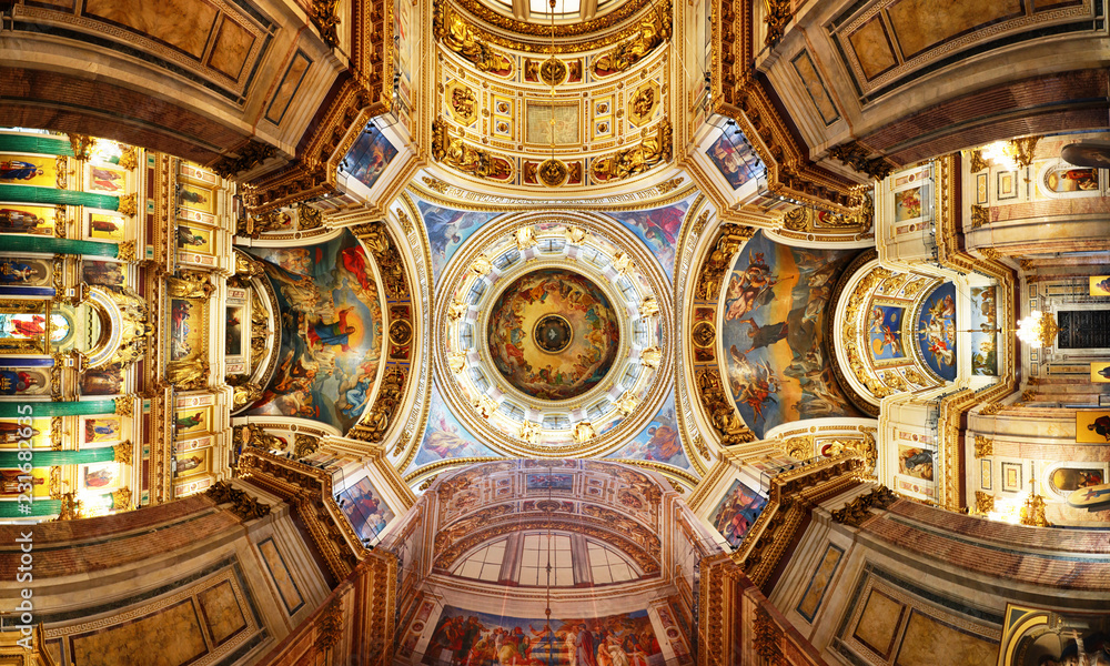 Fototapety, obrazy: Saint Petersburg, Russia - August 15, 2018: Detail of interior of Saint Isaac's Cathedral or Isaakievskiy Sobor