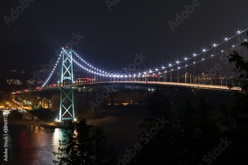 Foto op Plexiglas Brug Suspension bridge with light trail