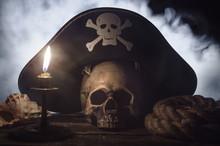 Human Skull With Pirate Captai...