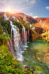 Fototapeta Krajobraz Plitvice waterfalls in the fall
