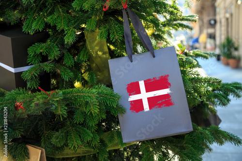 Photo  Danmark flag printed on a Christmas shopping bag