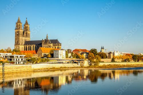 Foto op Aluminium Europese Plekken Magdeburg, Magdeburger Dom an der Elbe