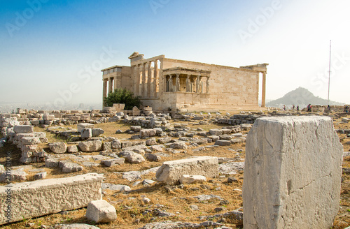 Spoed Foto op Canvas Athene Ancient Erechtheion temple on Acropolis hill in Athens, Greece