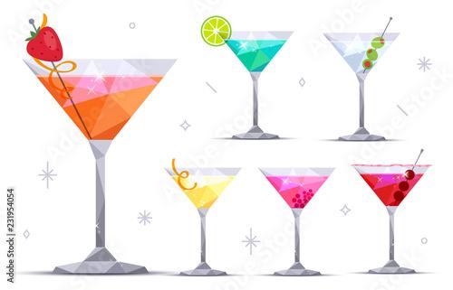 Cuadros en Lienzo  Set of martini cocktail glasses on white background