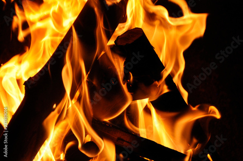 Foto op Canvas Vuur inferno flame fire on black background close up