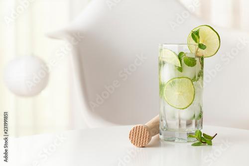 Foto op Plexiglas Cocktail Glass of a mojito cocktail