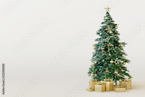 Photo Christmas tree with gold gift box on white background