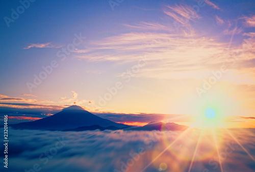 Fototapeta 富士山の初日の出 obraz