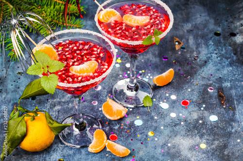 Foto op Plexiglas Cocktail Pomegranage and tangerine martini
