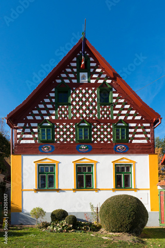 Foto op Aluminium Historisch geb. Fachwerkhäuser Doubrava