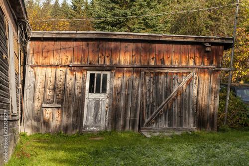 old wooden garage Fototapet