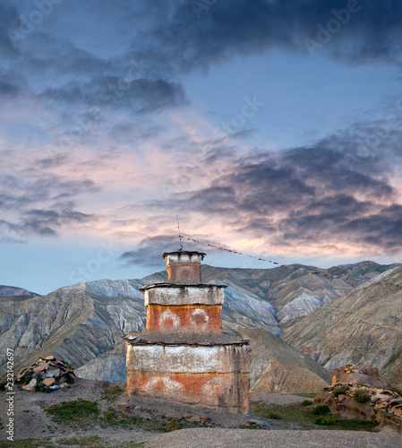 Staande foto Asia land Ancient Bon stupa in Saldang village, Dolpo, Nepal