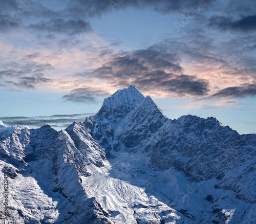 Spoed Foto op Canvas Asia land Thamserku mount in Sagarmatha National park, Nepal Himalayas