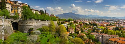 Photo Panoramic view of Bergamo, Italy