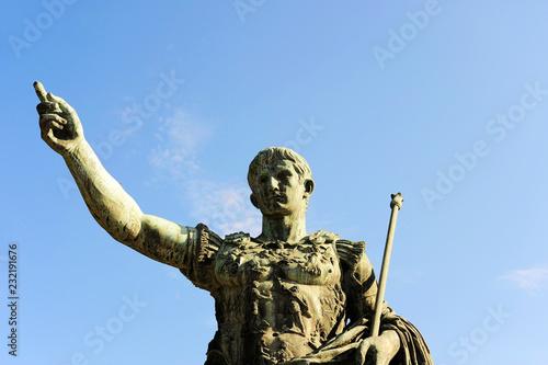 Stampa su Tela Statue of the Emperor Trajan in Fori Imperiali street, Rome, Italy