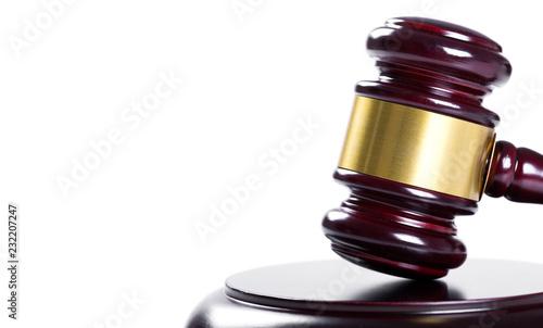 Photo Wooden judge gavel isolated on white background