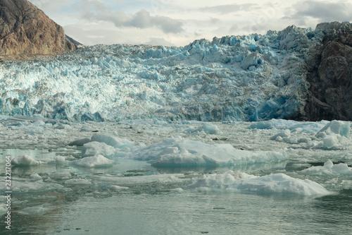 Foto auf Gartenposter Wasser S. Sawyer Glacier in Tracy Arm; Alaska