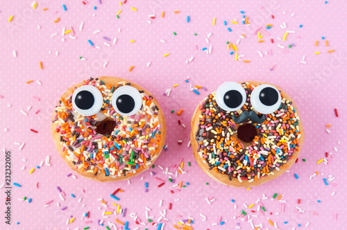 funny donuts with eyes Fototapete