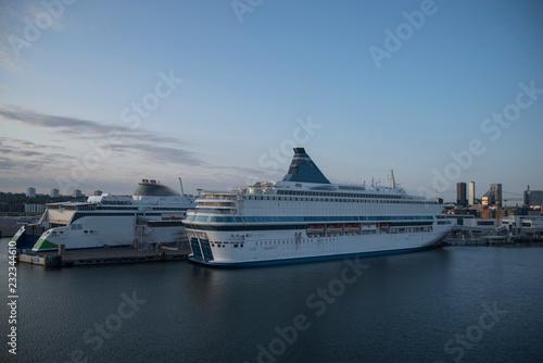 Fotomural passenger ferry in the port of Tallinn.