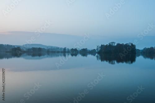 Fotografie, Obraz Stimmung am See im Herbst