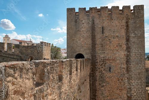 Foto  Old tower wall in Elvas castle