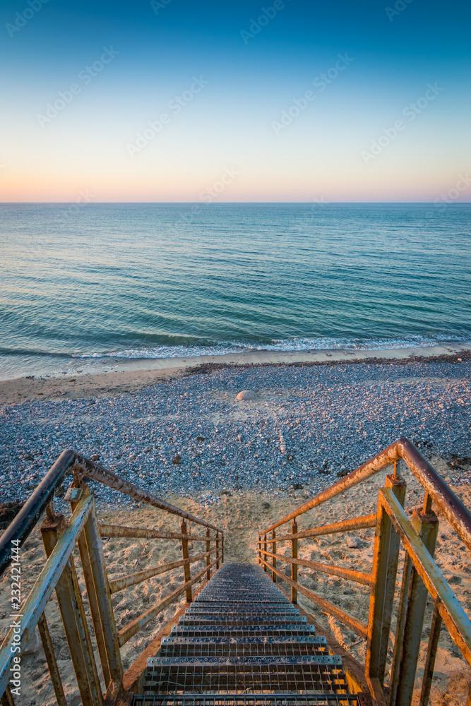 Fototapety, obrazy: Der Weg zum Meer im Sonnenuntergang
