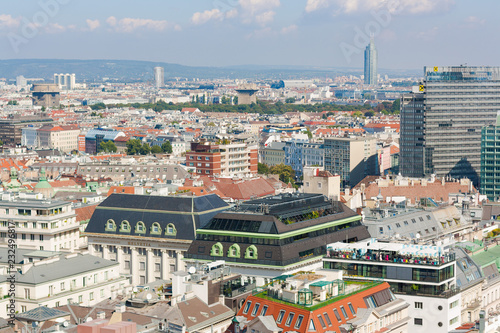 Vienna, Austria, September 09,2018:  Aerial view of Vienna from the stephansdom cathedral Canvas-taulu