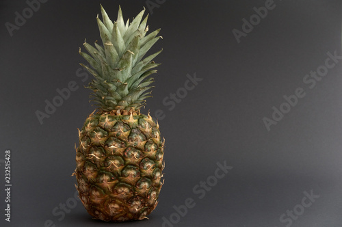 Fototapety, obrazy: pineapple isolate on black backgrond
