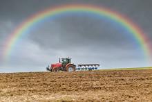 Labourer Avant La Pluie