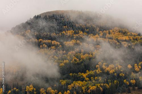 krajobraz-z-chmurami-w-kolorado