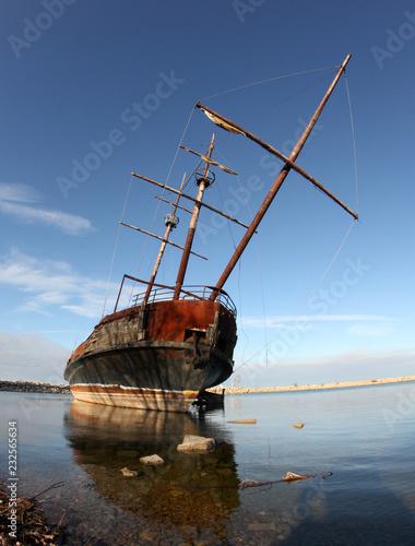 Photo Shipwreck