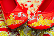 Wedding Shoes With Phoenix Patterns, Wedding Shoes On The Ring, Traditional Chinese Wedding Dress