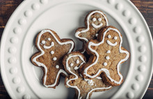 Gingerbread Man Cookies On A Plate From Overhead