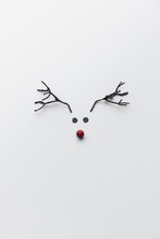 Minimalist Reindeer Made Of Pa...